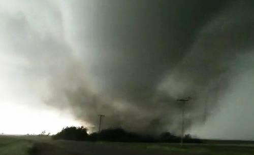 middle-tornado