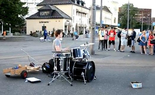 kid-drummer