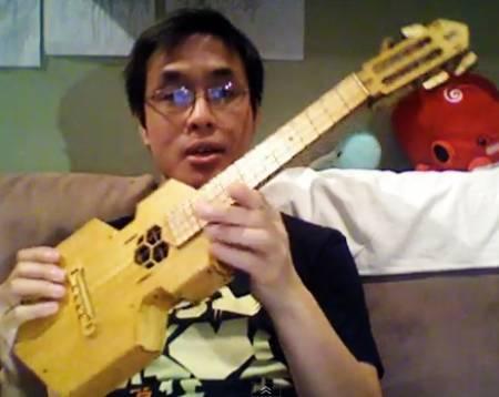 awesome-folding-ukulele