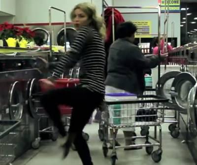 laundry-mat-dancing
