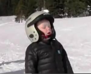 little-kid-loves-skiing