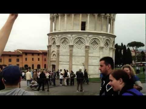 Troll High-Fiving People At Pisa