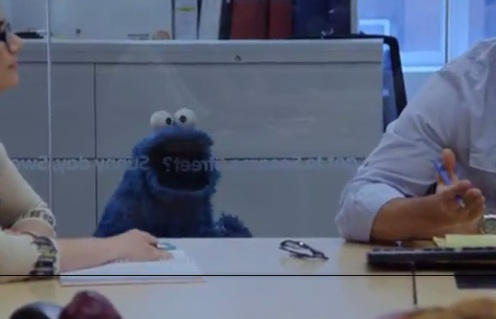 Cookie Monster Covers 'Call Me Maybe'