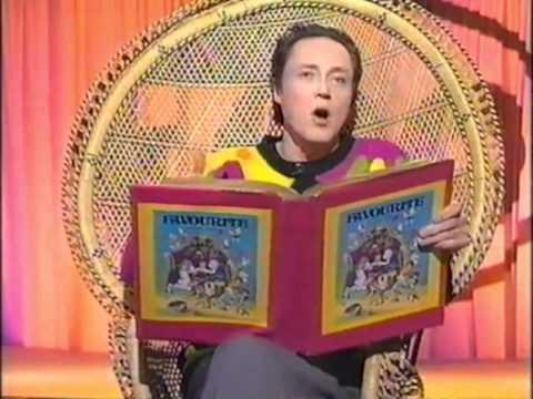 Christopher Walken Reads 3 Little Pigs
