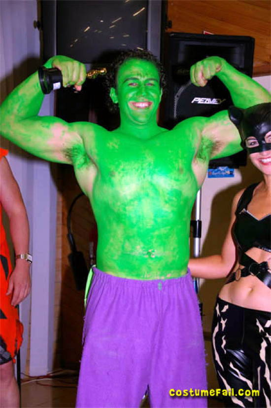 Halloween Costume Fails Hulk
