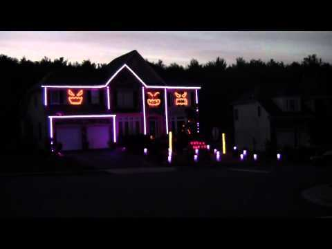 Video thumbnail for youtube video Halloween House Gangnam Style