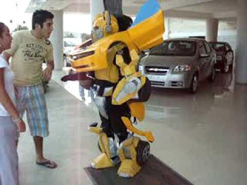 A Functional Bumblebee Robot Costume?