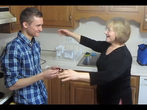 Guy Comes Out To His Mother And It Goes Incredibly Well