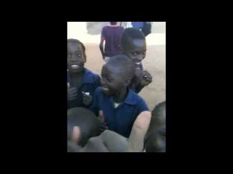 Zambian Children See iPhone For First Time