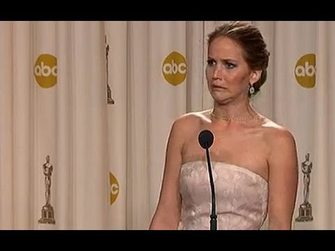 Video thumbnail for youtube video 35 Awesome Jennifer Lawrence GIFs