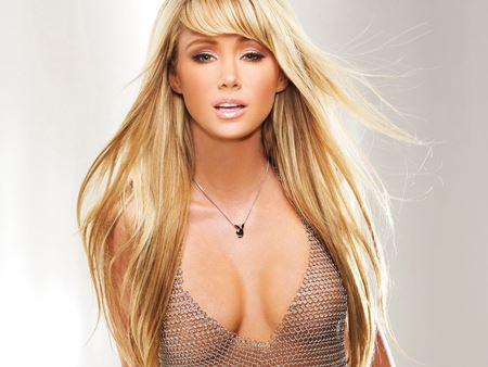 The 30 Hottest Sara Jean Underwood GIFs Ever