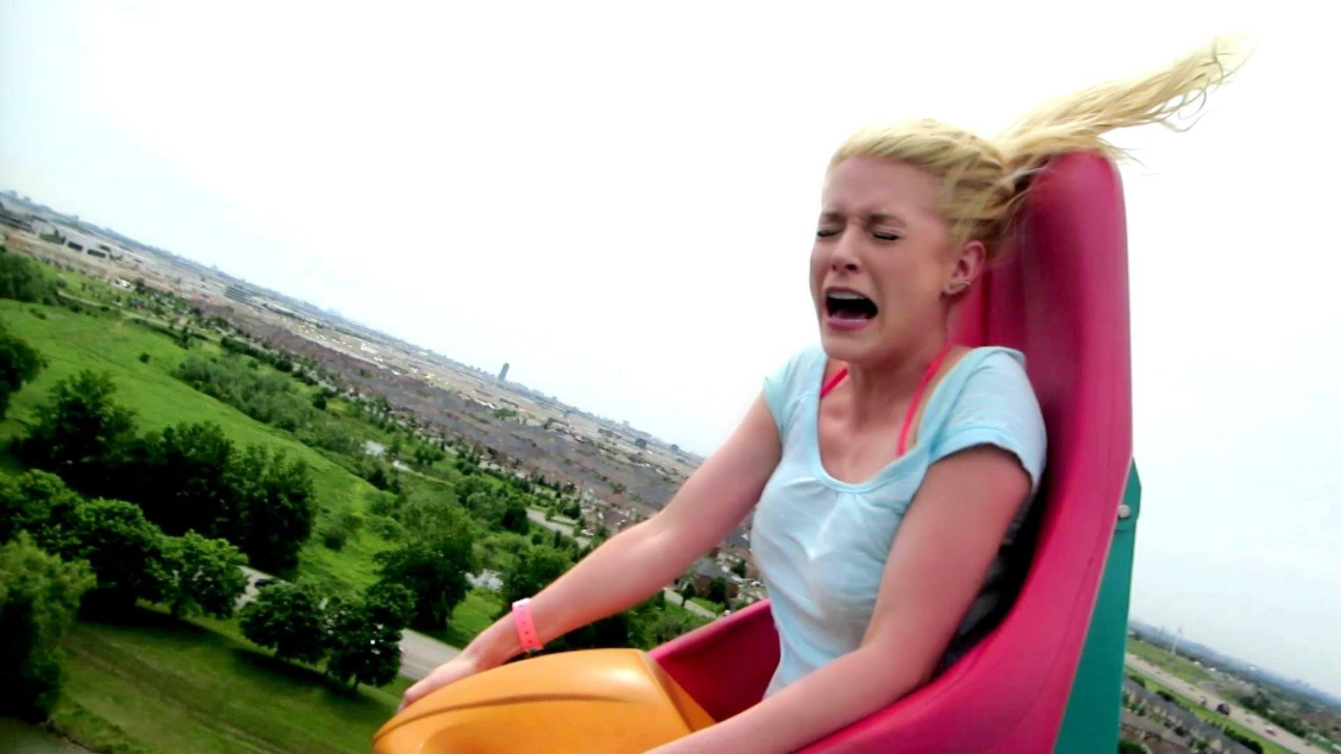 Video thumbnail for youtube video 28 Hilarious Terrified Reactions GIFs