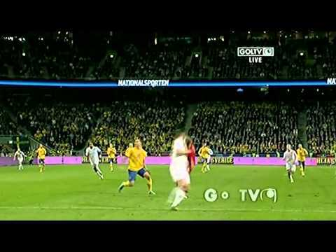 Video thumbnail for youtube video Zlatan Ibrahimovic's Amazing 30 Meter Bicycle Kick