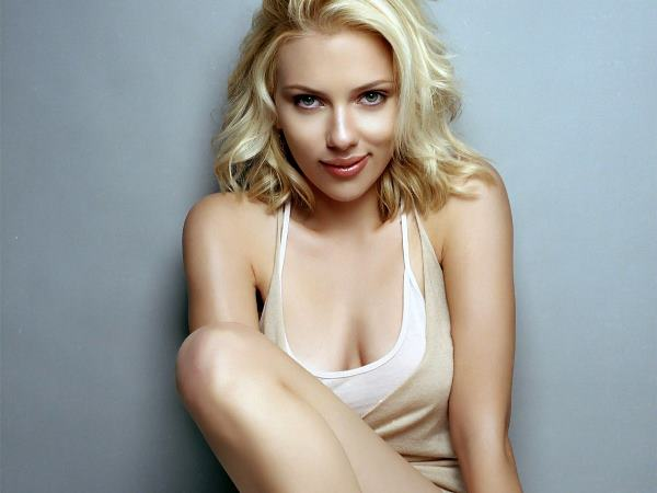 Hot Scarlett Johansson GIFs