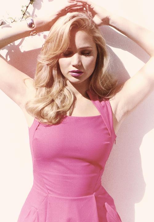 Hot Jennifer Lawrence Pictures Pink Dress