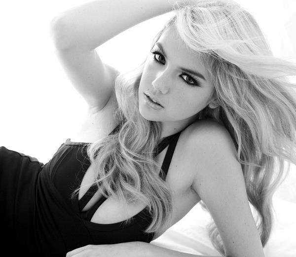 Hot Kate Upton Pictures Black And White