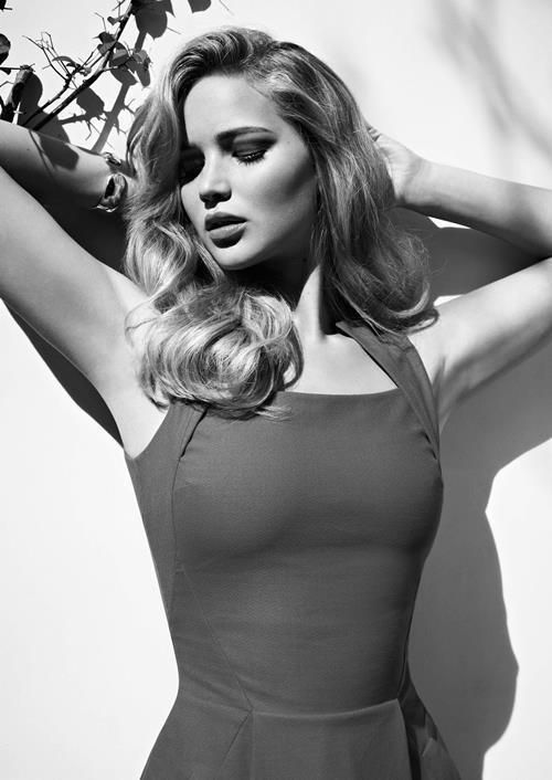 Jennifer Lawrence Tight Dress