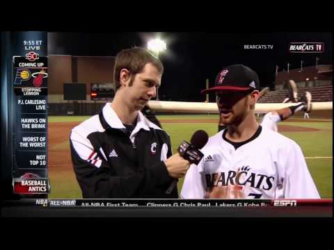 Video thumbnail for youtube video Baseball Teams Pulls Off Epic Photobomb Pranks During Interviews