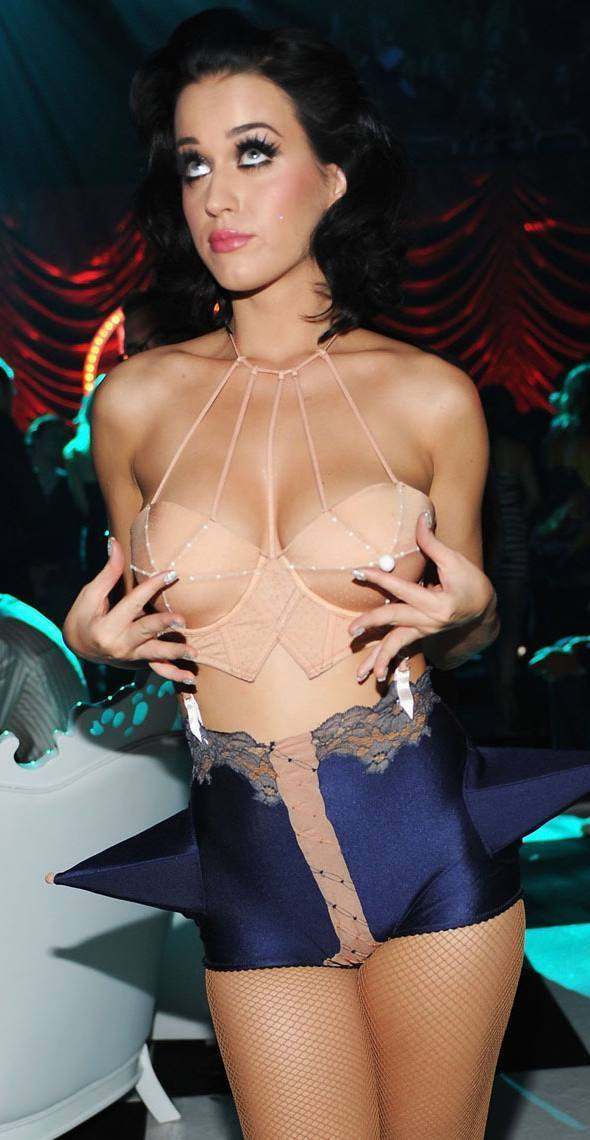 Katy Perry Pictures Breasts