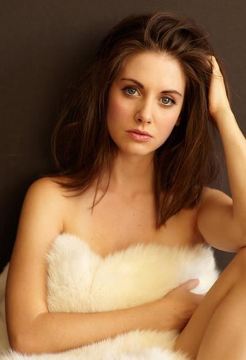 Alison Brie Naked In Fur