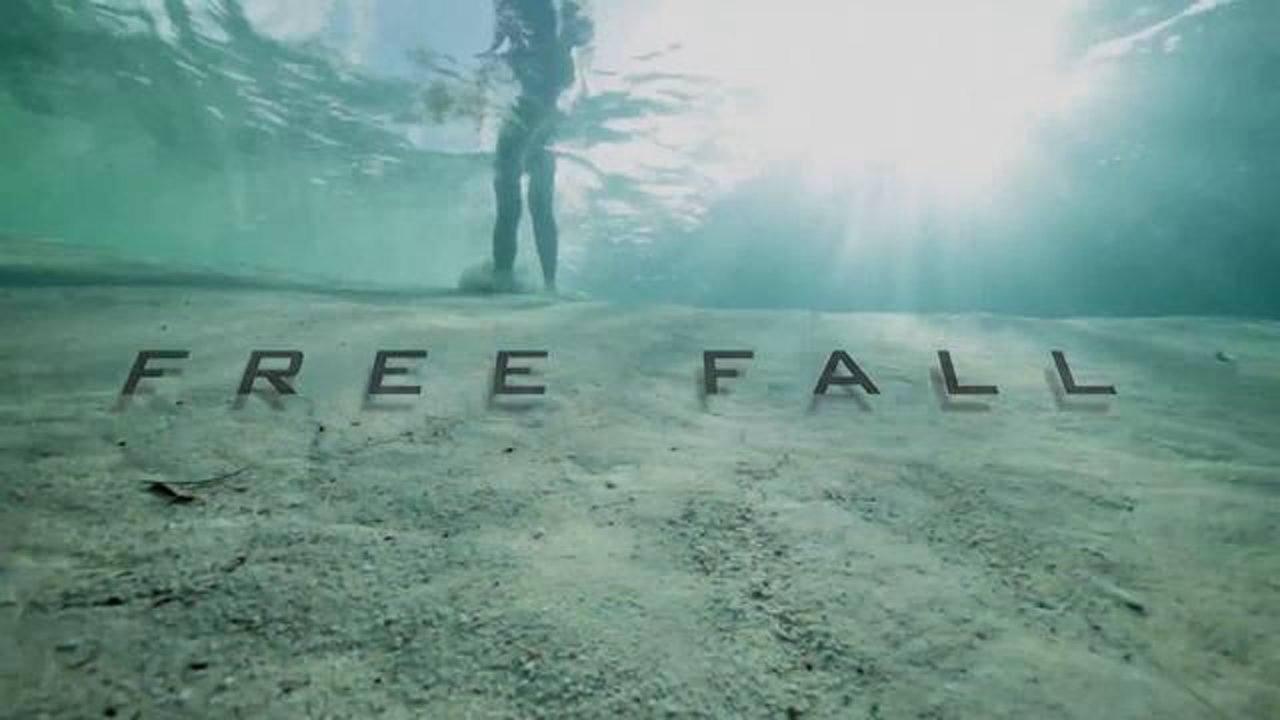 Mindblowing Underwater Base Jump