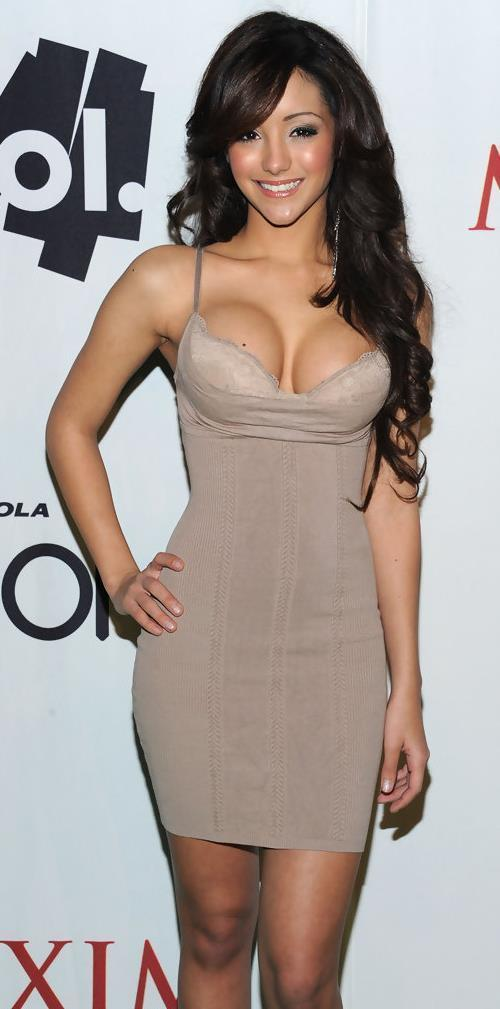 Sexy Melanie Iglesias Pictures Tight Dress