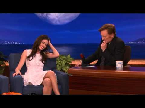 Emmy Rossum Has Some Incredible Pipes