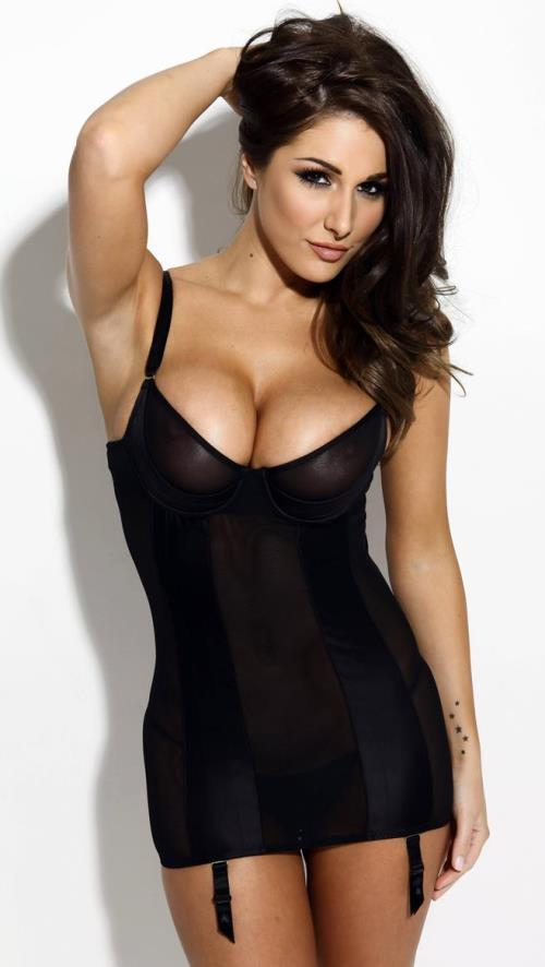 Lucy Pinder Sexy Pictures