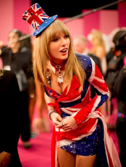 Taylor Swift Pictures Union Jack