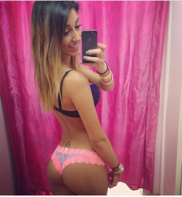 Sexy Selfie Pictures