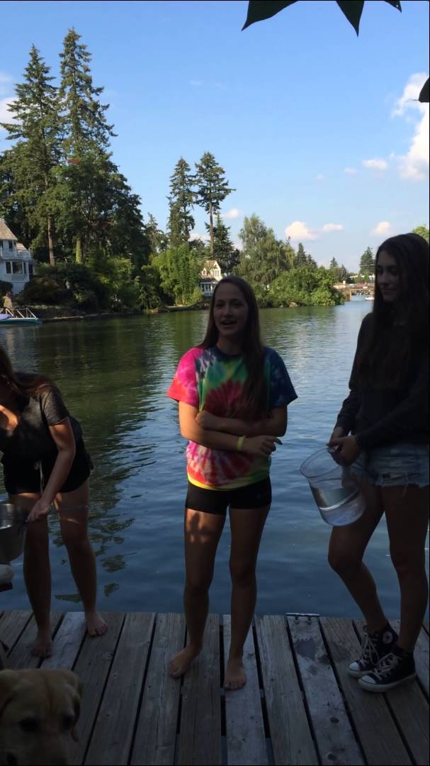 Video thumbnail for youtube video The Funniest Ice Bucket Challenge Fails Yet