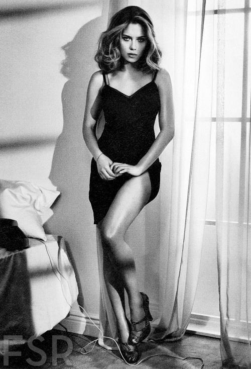 Pictures Of Scarlett Johannson