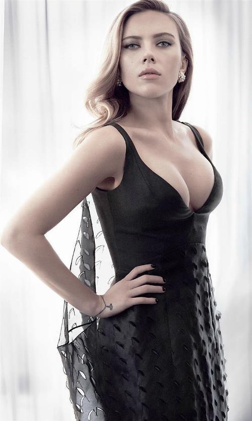 Scarlett Johansson Busty