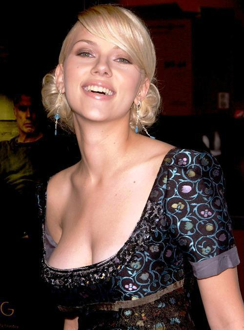 Scarlett Johansson Huge Boobs