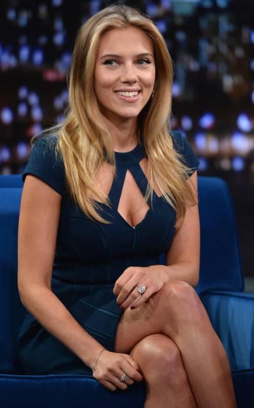 Scarlett Johansson Interview Pictures