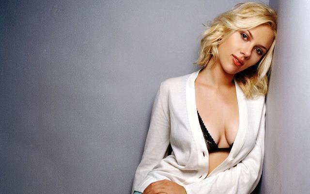 Sexy Scarlett Johannson