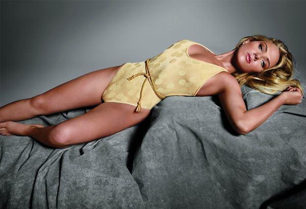 Sexy Scarlett Johansson Photos