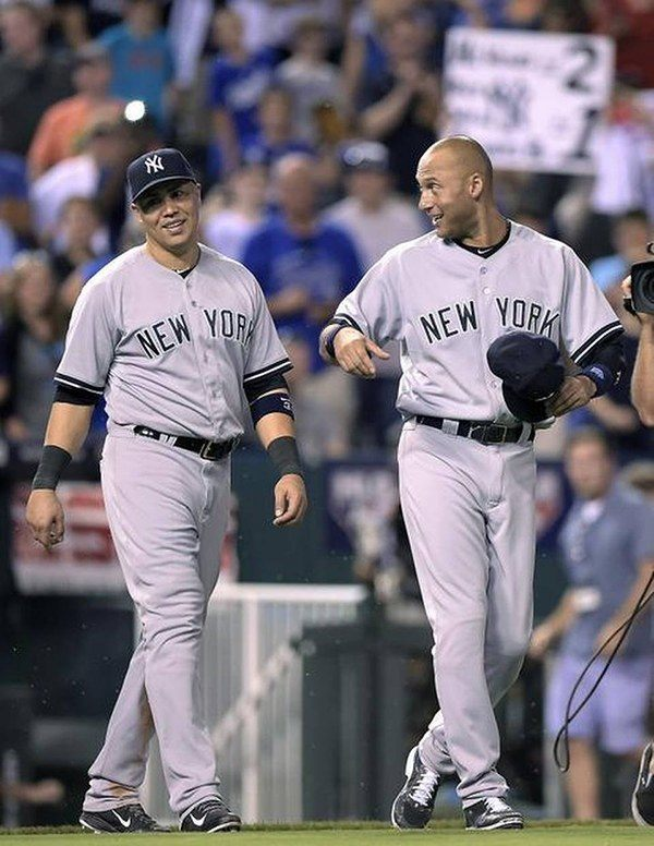 derek-jeter-royal-yankees