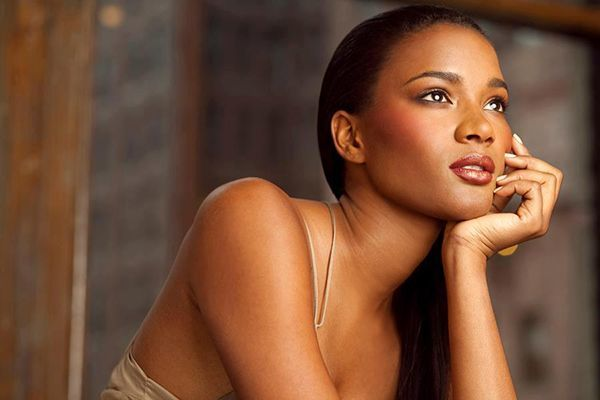 leila-lopes-wags