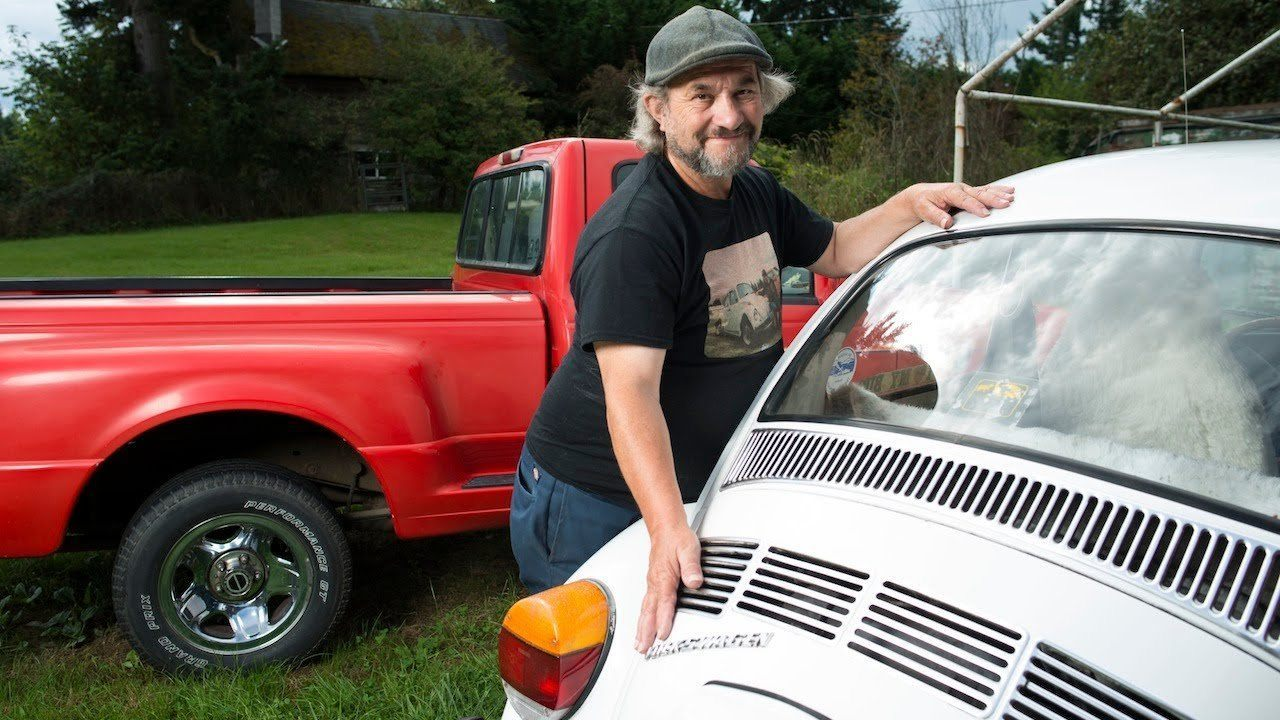 Video thumbnail for youtube video Meet The Guy Who Claims He's Had Sex With Over 700 Times…. With Cars – PBH2