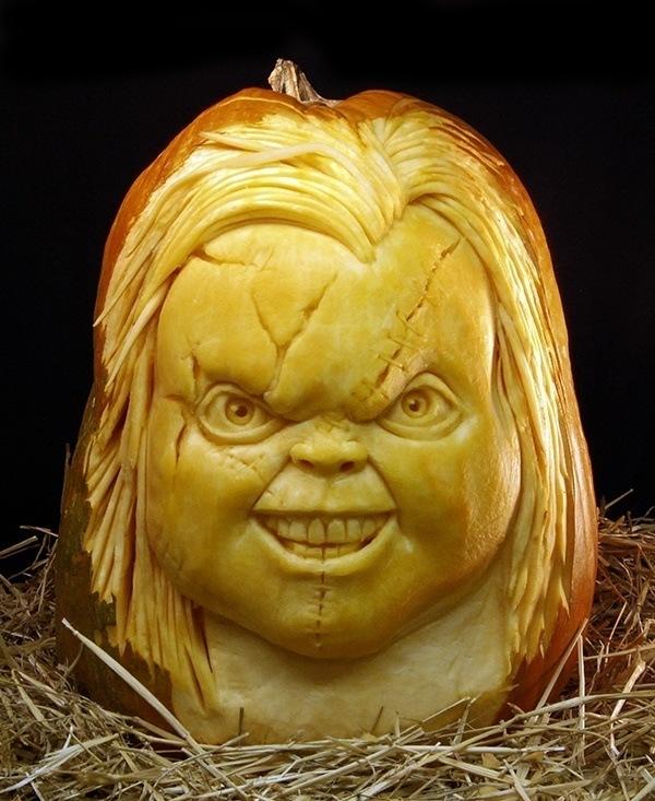 pumpkin-carvings-chuckie
