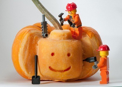 pumpkin-carvings-lego