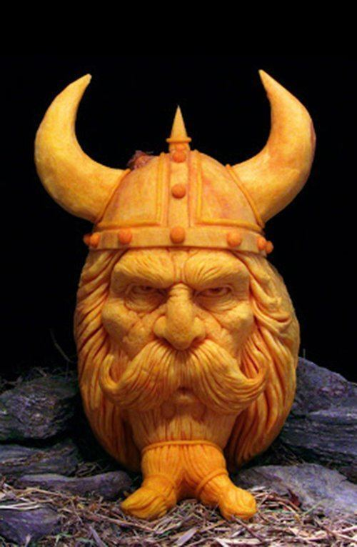 pumpkin-carvings-viking