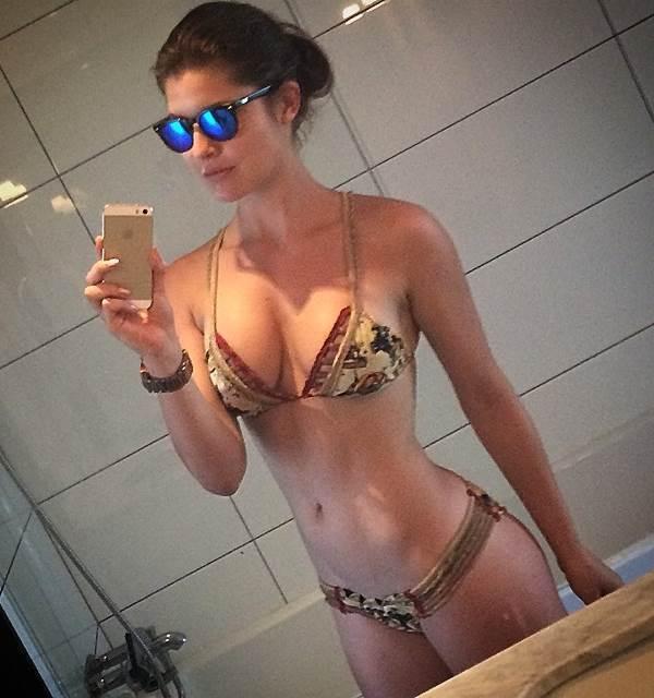 Amanda Cerney Instagram Selfie