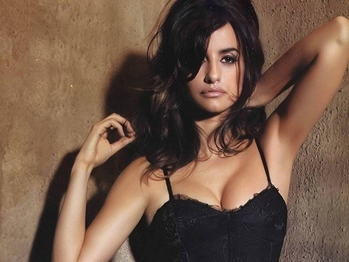 Sexiest Woman Of The Year Penelope Cruz