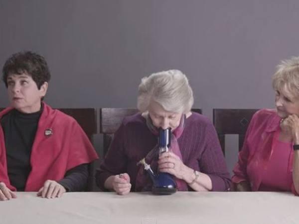 grannies-smoke-weed