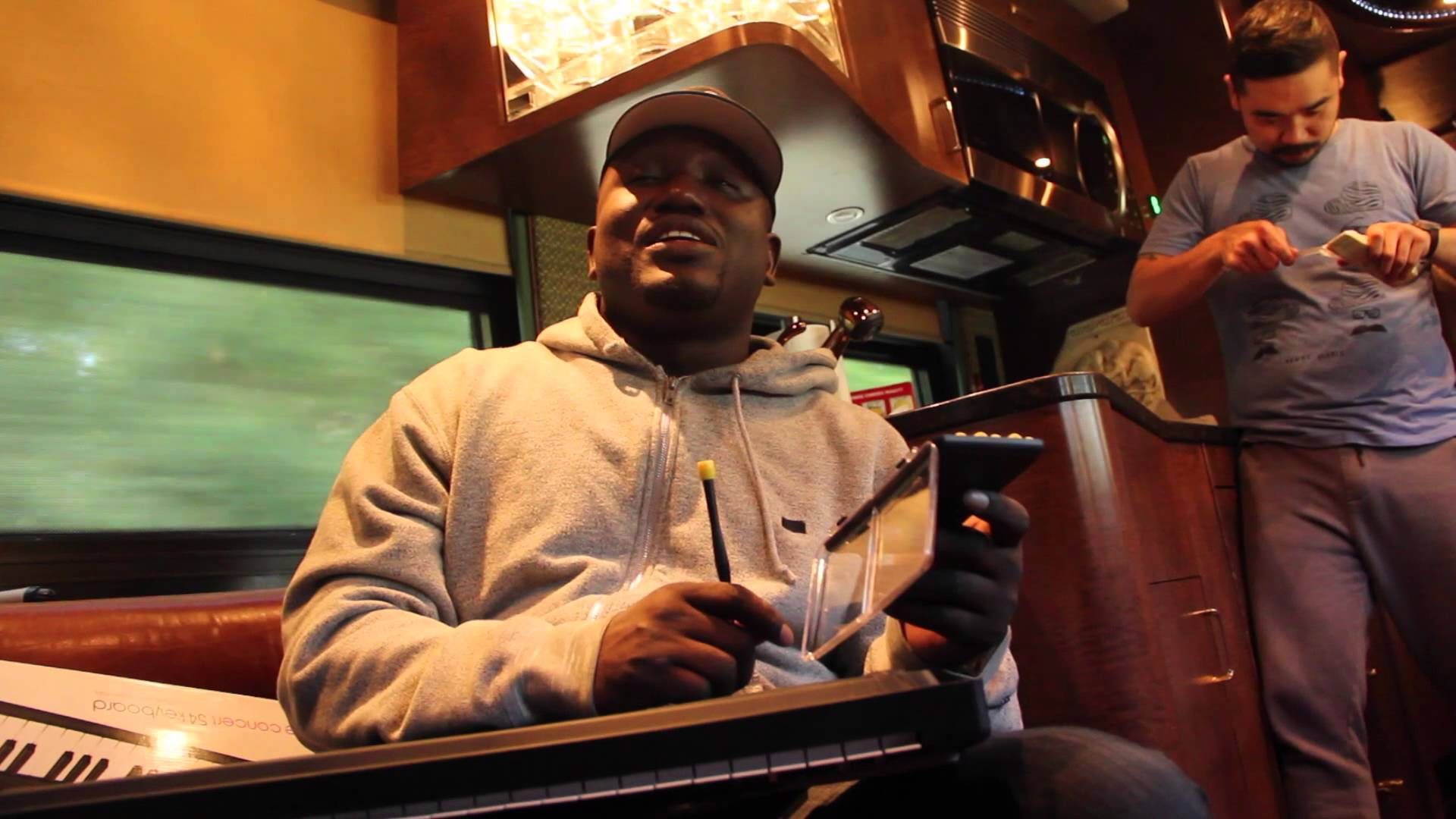 Hannibal Buress Delivers A Comical Restaurant Review Of Cracker Barrel
