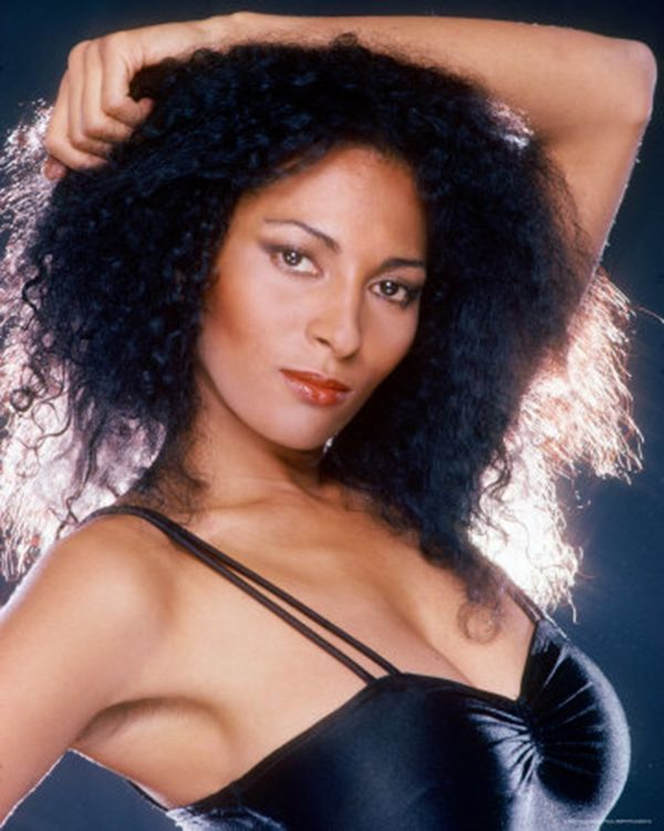 pam-grier-will-smith-girlfriends