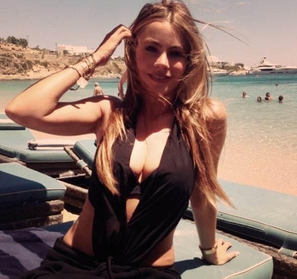 Sofia Vergara Sexy Instagram Pictures
