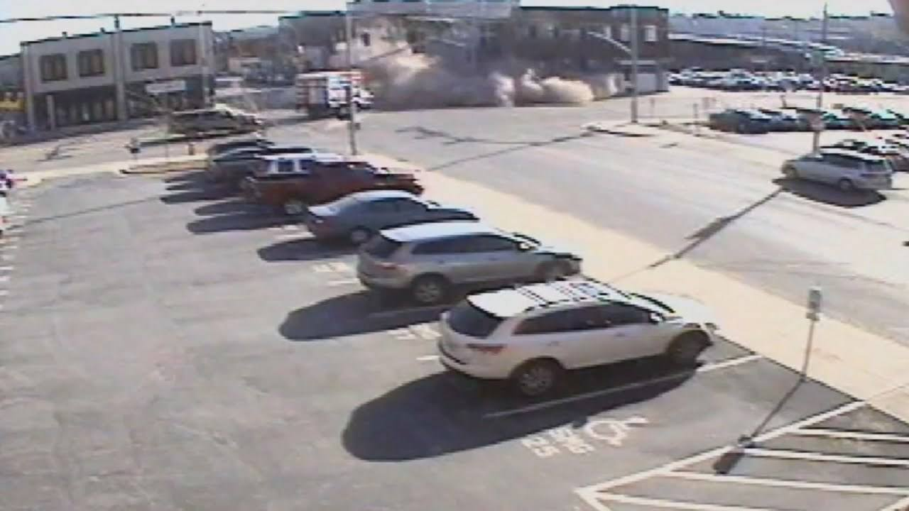 Watch This Driver Wipe Out A Building During A High Speed Chase